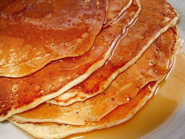 Syrop klonowy – 52 kalorie na łyżkę