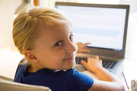 Na co zwrócić uwagę, gdy chcesz kupić laptop swojemu dziecku?