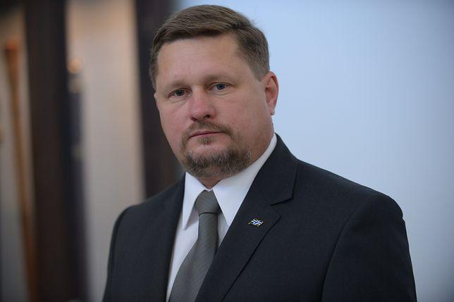 Poseł Bartosz Józwiak mieszkał u rzekomej kochanki. Paweł Kukiz: umowa najmu została zerwana