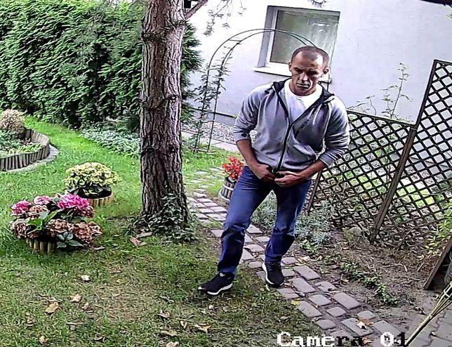Katowice. Policja szuka włamywacza. Miał ukraść carskie ruble