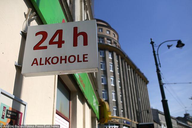 Alkohol przy kościele? Jeszcze niedawno w Olsztynie było to zabronione. Teraz sąd wziął stronę jednego z restauratorów i zakaz znika