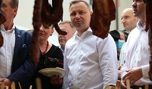 """Andrzej Duda """"znieważony"""" przez mężczyznę z Gdańska. 46-latek trafił do aresztu, PO interweniuje"""