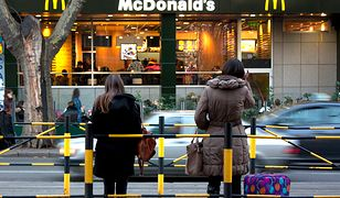 McDonald's odda pracownikom zaległe pensje.