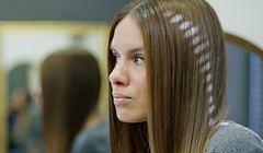 Właściwe prostowanie włosów - jak to zrobić, żeby ich nie zniszczyć?