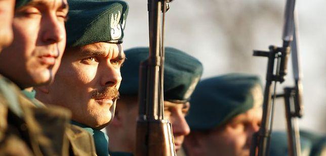 Podwyżki tylko dla wojska i policji. Pozostałe służby mundurowe szykują protest