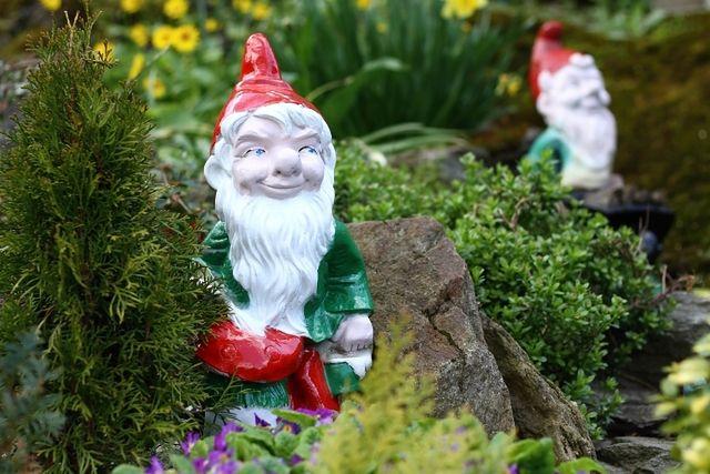 Dekoracje ogrodowe: stylowo i bez przepychu