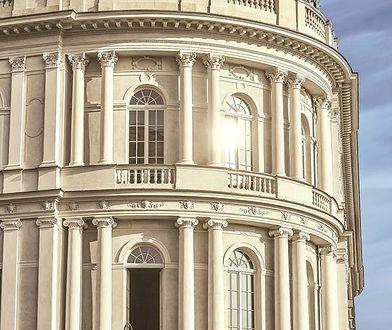 Raffles Europejski Warsaw jest najbardziej luksusowym hotelem w Polsce i posiada standard 5 plus