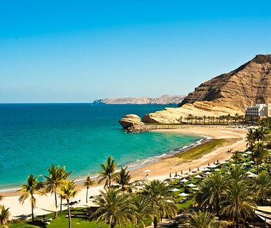 Oman to nie tylko pustynny krajobraz, ale również piękne, piaszczyste plaże