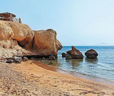 Widok na plażę przy hotelu Hilton w kurorcie Sharm el Sheikh w Egipcie