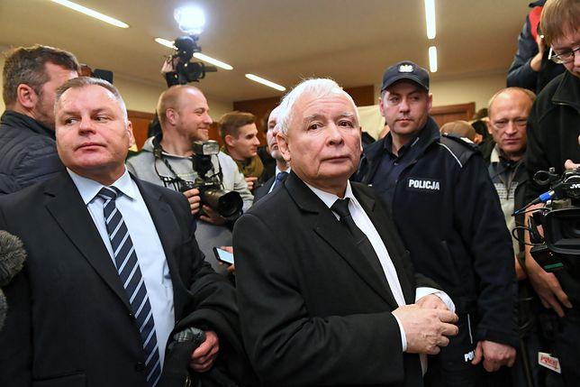 Jarosław Kaczyński wytoczył Wałęsie proces o ochronę dóbr osobistych