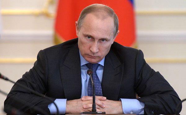 Władimir Putin polecił rządowi przygotowanie odpowiedzi na sankcje Zachodu