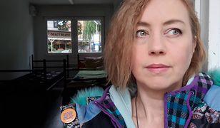 Hanna Gill-Piątek w kontenerze