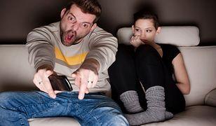 Jak namówić kobietę do oglądania meczu?