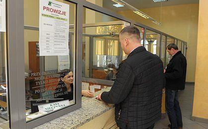Poziom obsługi w oddziałach banków nadal pozostawia wiele do życzenia