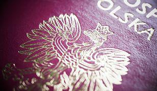 Polski paszport w światowej czołówce. Dzięki niemu podróżowanie jest o wiele prostsze