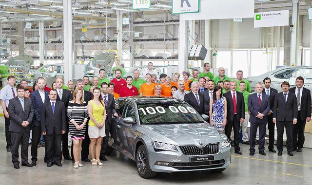 Skoda wyprodukowała już 100 tys. sztuk najnowszego modelu Superb