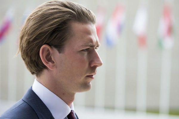 Szef MSZ Austrii za wprowadzeniem kontroli na granicach
