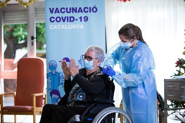 Szczepionka na COVID obowiązkowa w Hiszpanii? Media: rząd ma przepisy