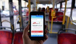 Od 2016 roku Wi-Fi w 600 miejskich autobusach