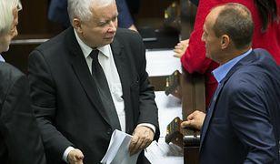 """Wyścig Jarosławów. Kaczyński i Gowin """"biją się"""" o sojusz programowy z Pawłem Kukizem"""