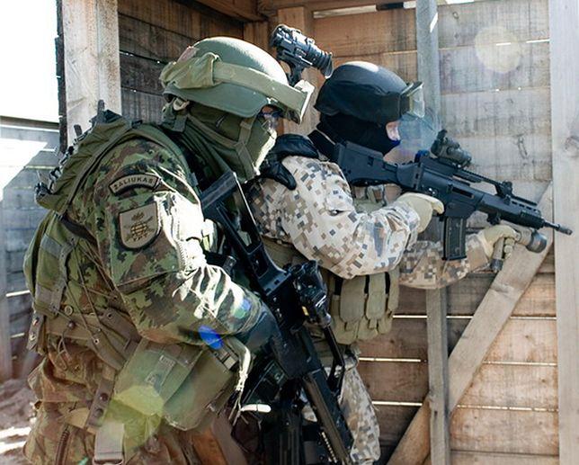 Żołnierze Batalionu Bałtyckiego NATO na manewrach
