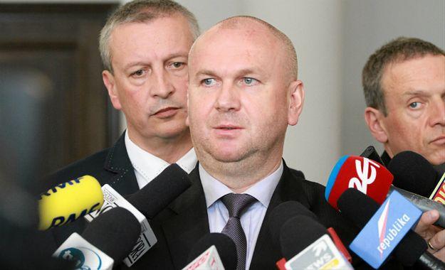 """Żona Pawła Wojtunika straciła pracę w ABW. """"Kolejna odsłona zemsty""""?"""