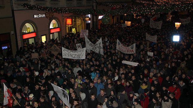 Protest sprzed 7 lat