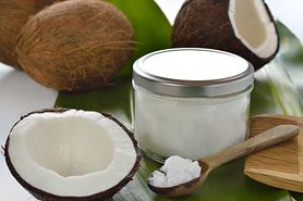 Jakie zalety dla mamy i dziecka ma olej kokosowy?