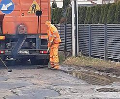 Zdjęcia obiegły Facebooka. Bareja wiecznie żywy w Poznaniu