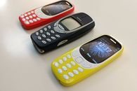 Telefony z zapomnianej szuflady, część 4. Nokio, dokąd poszłaś? - Nokia 3310 i Nokia 3310 i jeszcze jedna Nokia 3310 (żródło: magazyn.ceneo.pl)