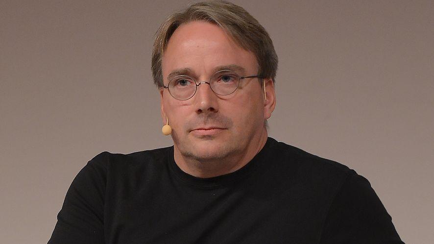 """Twórca Linuksa o łatkach Intela na luki w procesorach: """"To zwykłe śmieci!"""""""