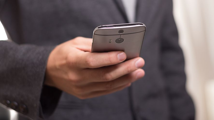 """Uwaga na SMS-y od """"Komornika"""" – są fałszywe"""