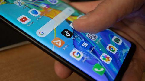 Android 12 pozwoli otworzyć wiele okien przeglądarki Chrome