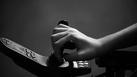 Wózek inwalidzki jako kontroler do Xboxa: piękny ukłon w stronę niepełnosprawnych