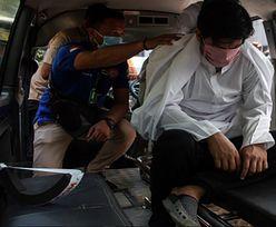 Chłosta w Singapurze. Kara za skandaliczne zachowanie u fryzjera