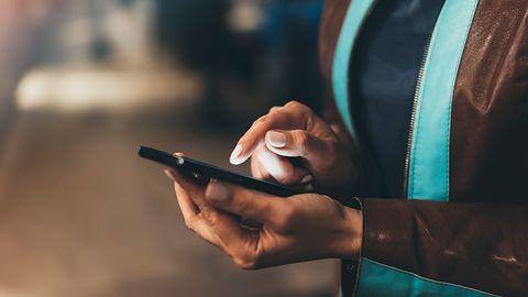 Kiano Elegance 6: nowy smartfon z dużą baterią. Raz naładowany będzie działać dwie doby
