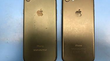 iPhone 7 nabity w butelkę