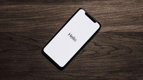 Wystarczy prosta strona ze specjalnym stylem, by zawiesić iPhone'a i Maca