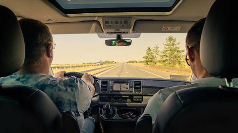 NAVITEL SOLAR CAR BT – słuchawka Bluetooth, którą naładujesz energią słoneczną