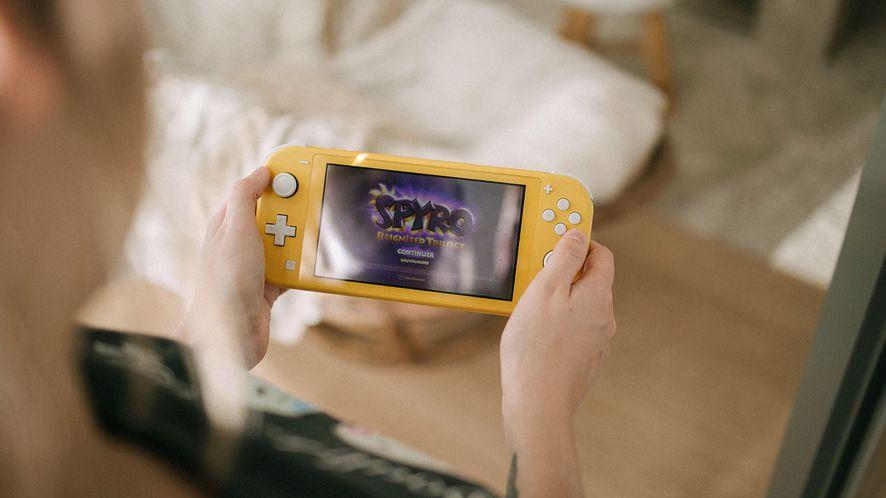 Nintendo Switch Lite, fot. Howard Bbouchevereau