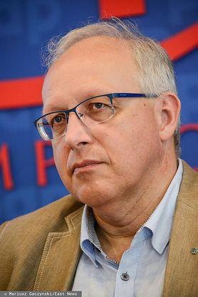 """Nowa strategia walki z koronawirusem w Polsce. Prof. Flisiak: """"Taki system powinien działać od samego początku epidemii"""""""