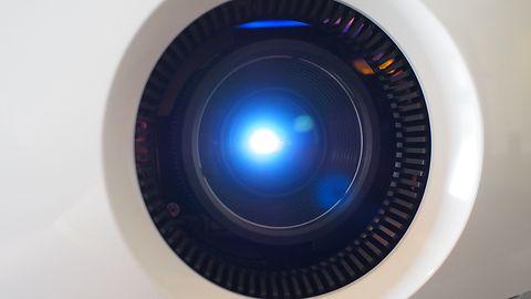 """Test Sony VPL-VW260ES, projektora 4K w """"umiarkowanej cenie"""""""
