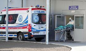 Zakażenie Deltą stwarza trzykrotnie większe ryzyko hospitalizacji z powodu COVID-19. Nowe badania