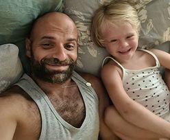Dziewczynkę z zespołem Downa odrzuciło 20 rodzin. Adoptował ją samotny mężczyzna