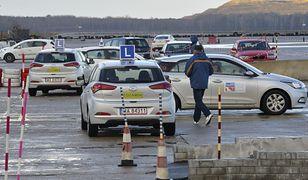 Kursy na prawo jazdy podrożeją – znamy stawki. To nadal za mało?