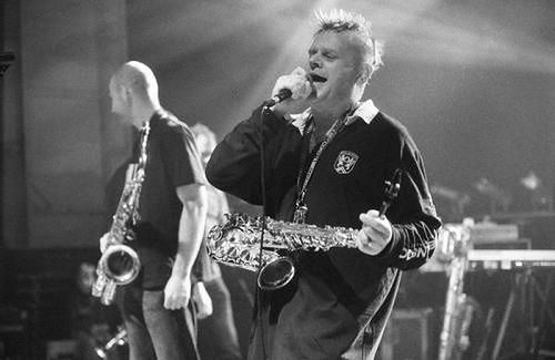 Kazik Staszewski jest liderem zespołu Kult