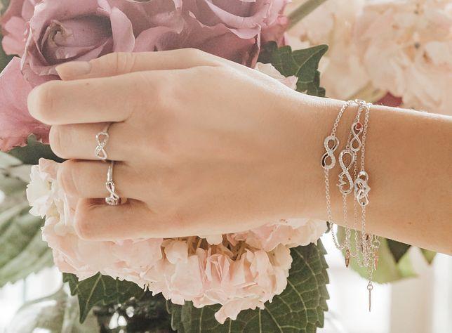 Biżuteria będzie bardzo dobrym pomysłem na prezent na Dzień Kobiet