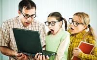 """Microsoft patentuje okulary, które pozwolą """"czytać w myślach"""""""
