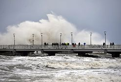 Załamanie pogody w kraju. Zalane porty i sparaliżowane drogi