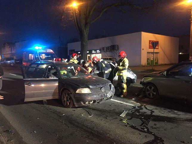 Niebezpieczne zdarzenie w Wielkopolsce. W Luboniu zderzyły się trzy pojazdy